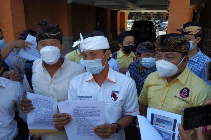 Ormas Hindu datangi Polda Bali laporkan dugaan penistaan agama