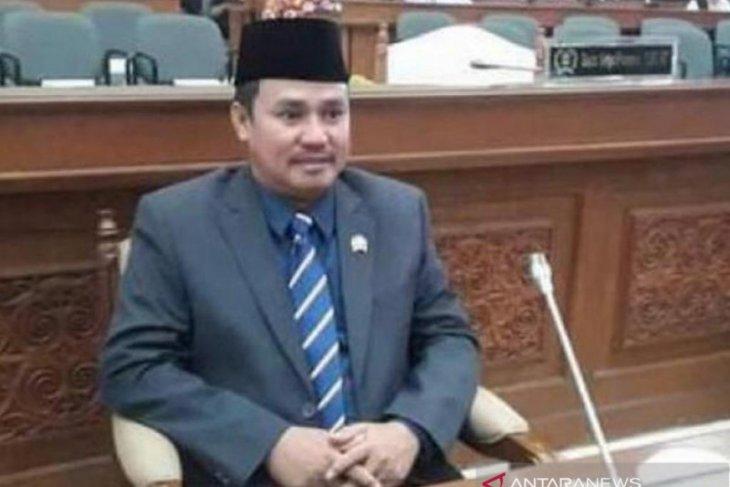 DPRD Kaltim berharap pemerintah segera perbaiki jalan rusak