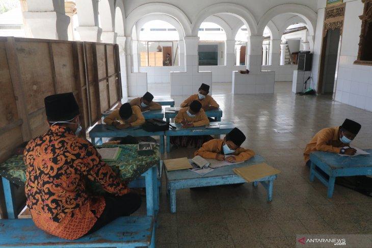 Masjid Ponpes Tertua di Kediri