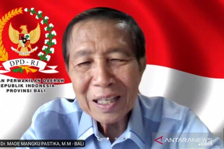 Anggota DPD janji perjuangkan peralatan olah sampah untuk Klungkung