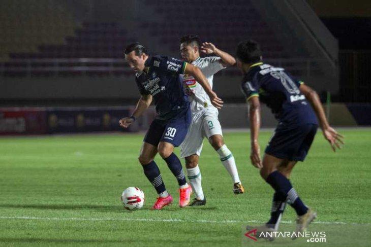 Persib ke final Piala Menpora meski bermain imbang PSS Sleman 1-1