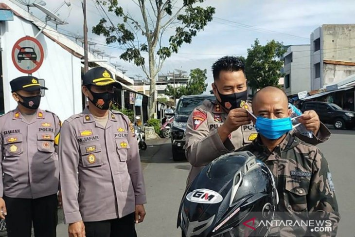 Dinkes Rejang Lebong awasi 33 pasien COVID-19