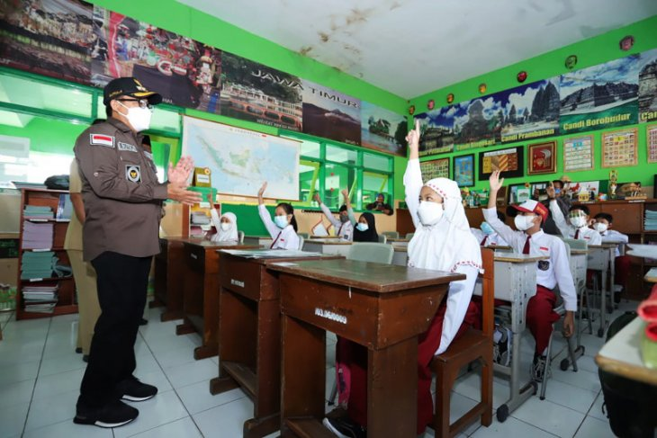 Pemkot Malang mulai berlakukan sekolah tatap muka terbatas