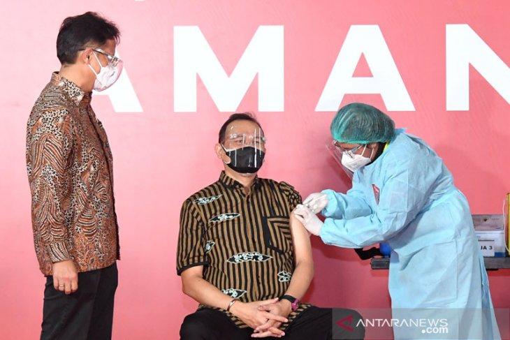 10,9 juta orang Indonesia telah jalani vaksinasi COVID-19