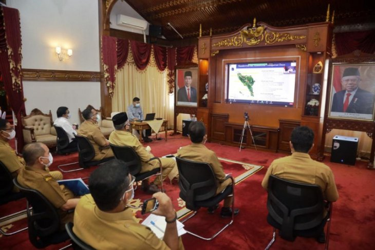 Minister highlights plan for six key development projects in Aceh