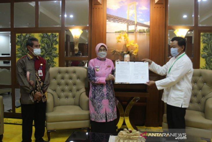 Kementrian PUPR serahkan hibah dua sekolah ke Pemkab Batola