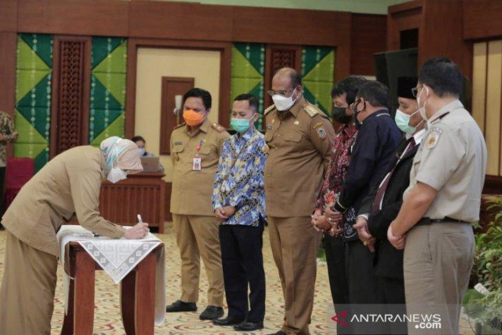 Bupati Batola tandangani program pencegahan korupsi terintegrasi