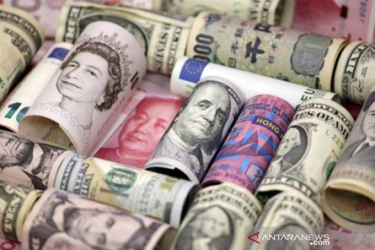 Dolar bangkit seiring kenaikan imbal hasil
