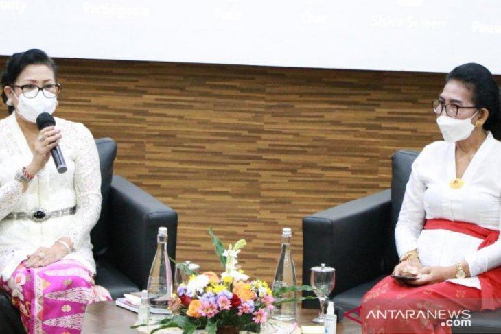 Putri Koster: Jadilah perempuan Bali yang tangguh saat pandemi
