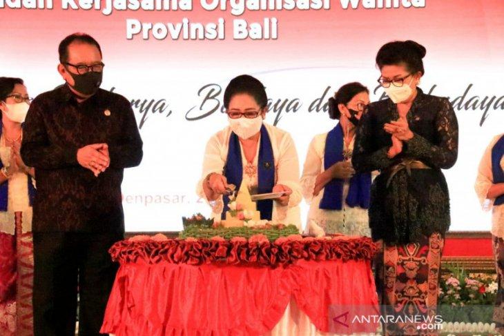 Wagub Bali Cok Ace puji semangat perempuan di tengah pandemi
