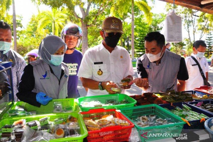 Loka POM Belitung Timur cek jajanan berbuka puasa