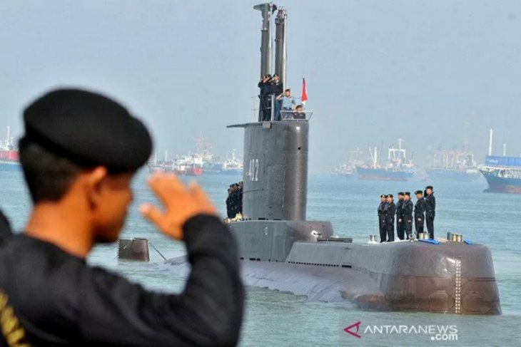 TNI terima bantuan kapal dari Singapura-Malaysia cari KRI Nanggala