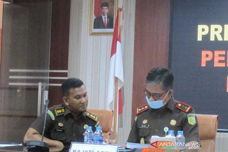 Kejati Aceh periksa 10 orang terkait dugaan korupsi Rp684,8 miliar