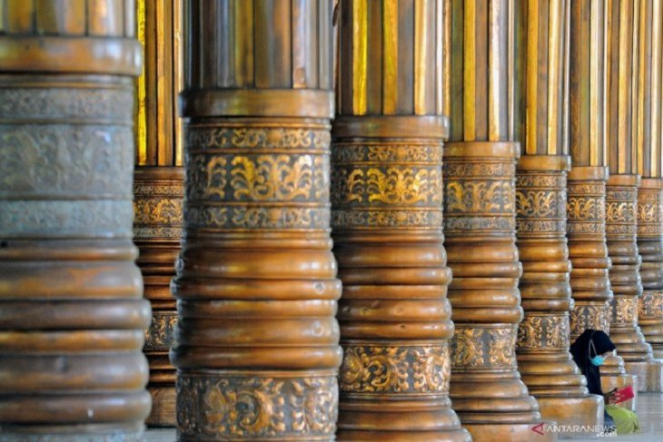 Masjid Seribu Tiang Jambi