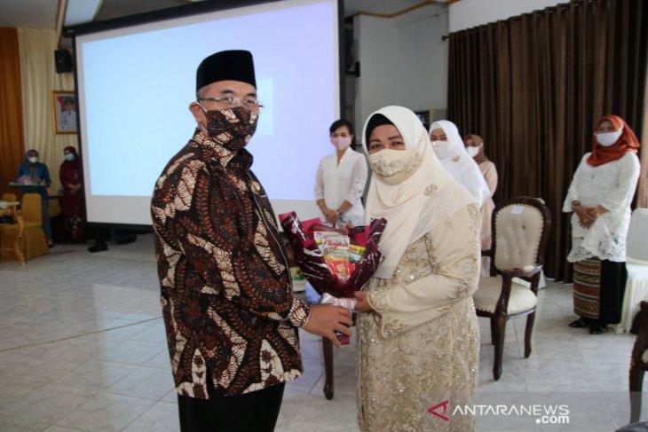Hari Kartini, Bupati HSS ingatkan setara tapi tetap jaga kodrat perempuan