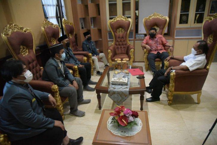 Wawali Armuji semangati IPNU Surabaya gemakan Islam Nusantara