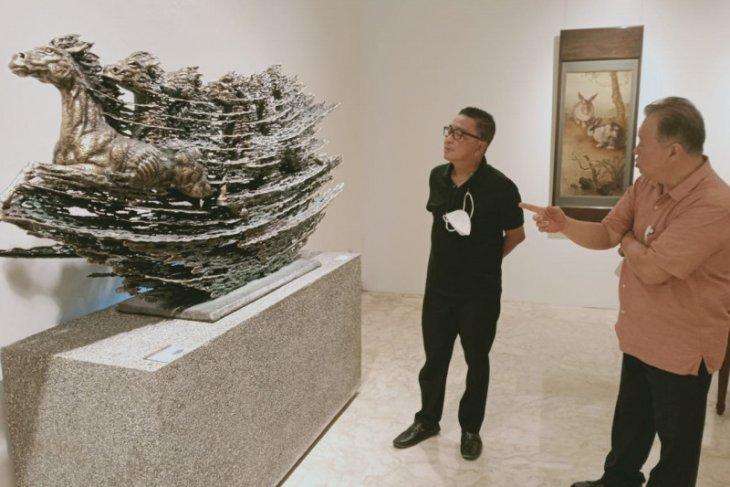 101 lukisan dan patung kelas dunia dilelang di Jakarta
