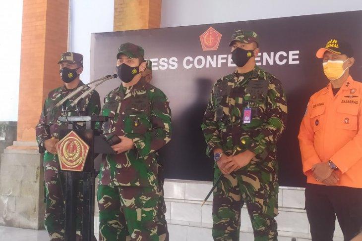 Lima KRI dengan 400 personel dikerahkan cari kapal selam KRI Nanggala