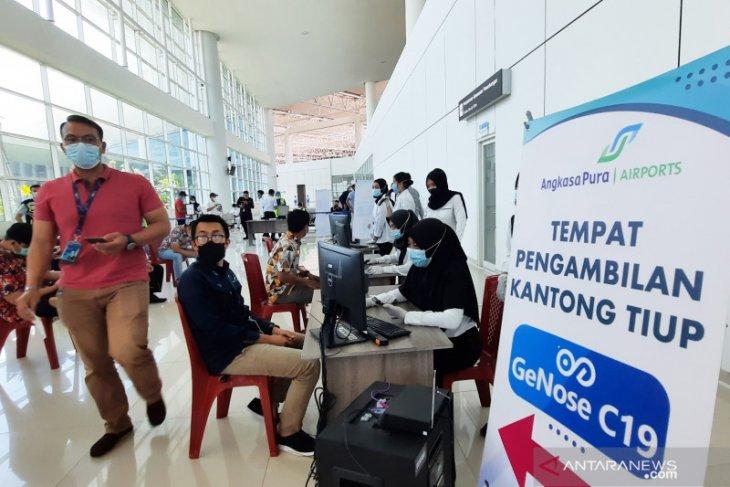 Bandara Syamsudin Noor membatasi operasional selama larangan mudik