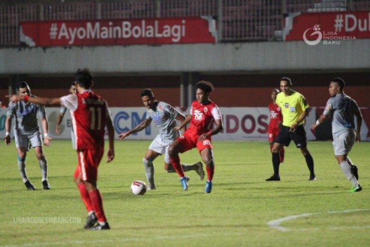 Piala Menpora, Persija bungkam Persib 2-0 pada leg pertama