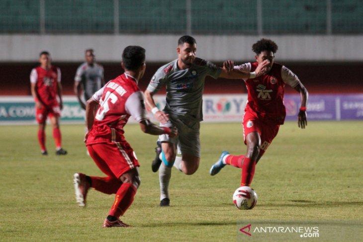 Piala Menpora: Persija Jakarta bungkam Persib Bandung 2-0