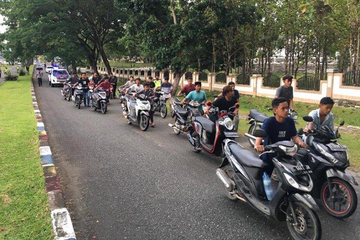 Razia balap liar, polisi amankan puluhan sepeda motor di Aceh Besar