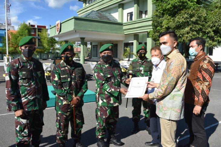 Pangdam Pattimura salurkan bantuan Presiden kepada gapoktan di Maluku