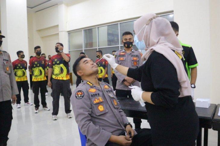 Polda Malut gelar tes cepat antigen personel pengamanan PSU di Halut