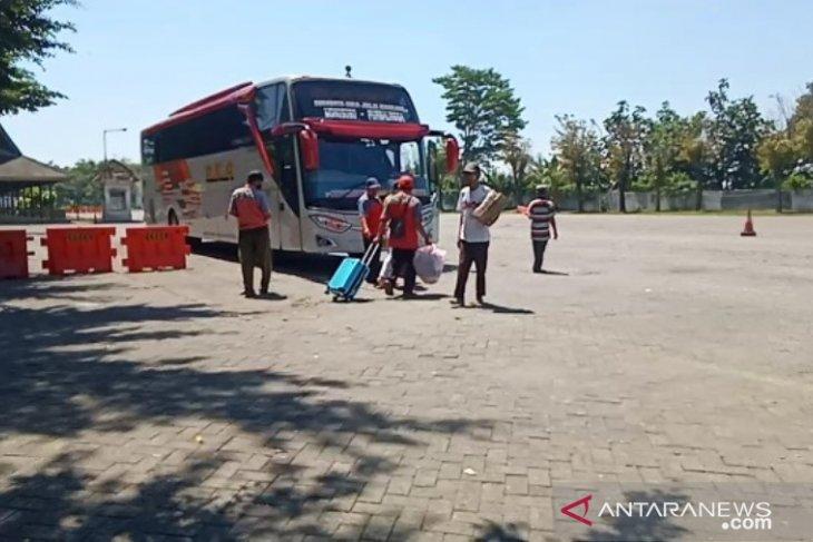 Jumlah penumpang di Terminal Madiun turun 75 persen dampak larangan mudik