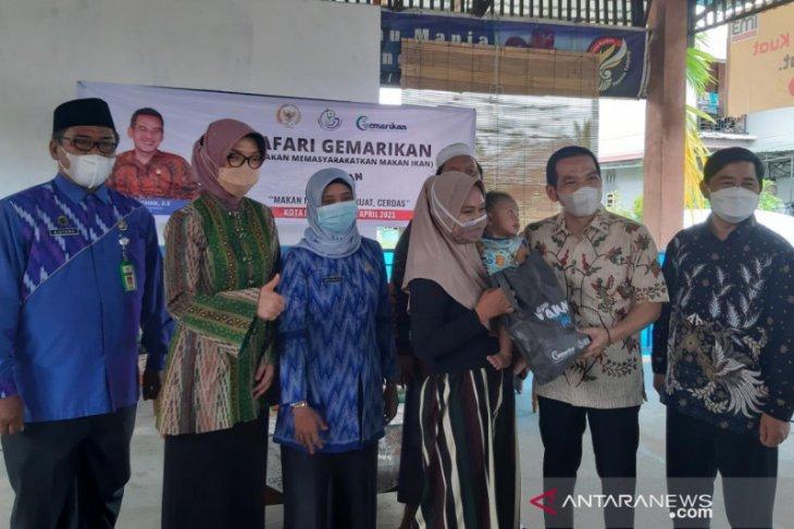 Anggota DPR Daniel Johan kampanye gemar makan ikan untuk cegah kekerdilan