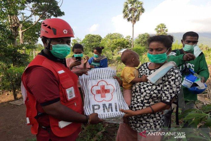 PMI Lembata distribusikan bantuan logistik ke Lokasi bencana banjir