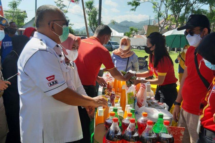 Gubernur Gorontalo minta pengunjung pasar murah taati protokol kesehatan