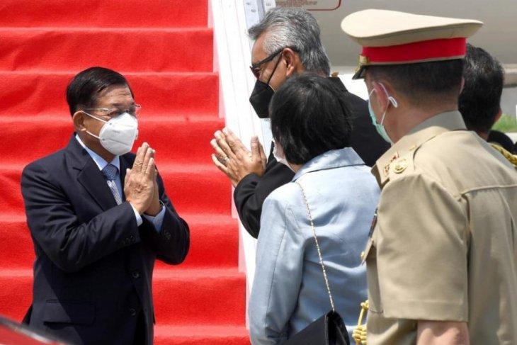 Myanmar's military junta chief arrives in Jakarta for ALM