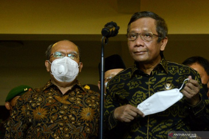 Hoaks Jokowi pulang kampung hingga Tengku Zul wafat