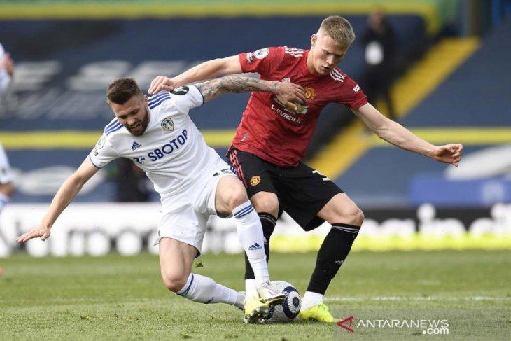 Liga Inggris, Leeds vs MU berakhir 0-0 di tengah protes #GlazersOut