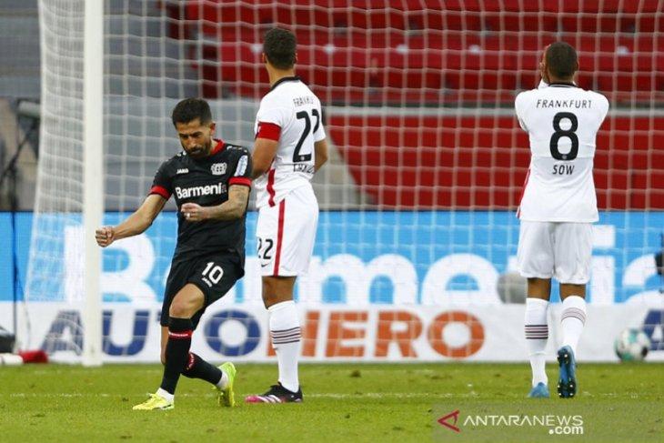 Leverkusen sengitkan persaingan empat besar dengan gebuk Frankfurt 3-1