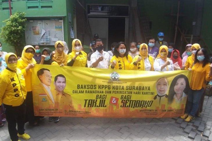 KPPG bagi-bagi takjil serentak di 31 kecamatan Surabaya