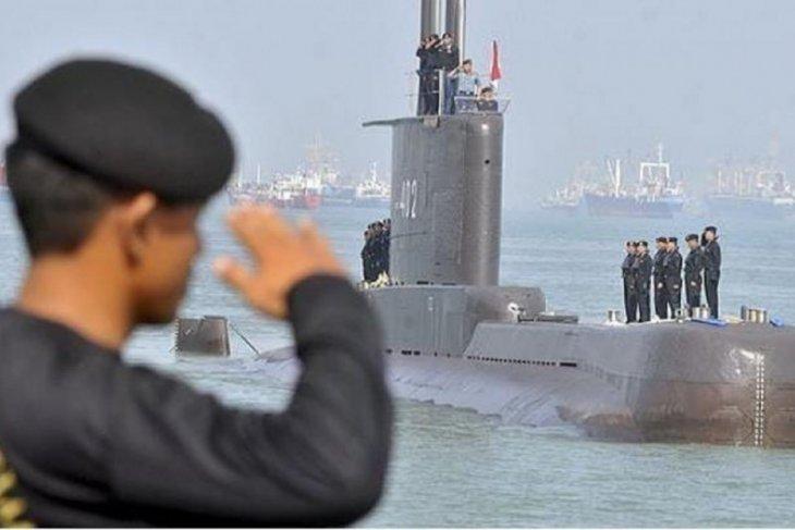 Kemarin, KRI Nanggala 402 ditemukan karam hingga pertemuan ASEAN