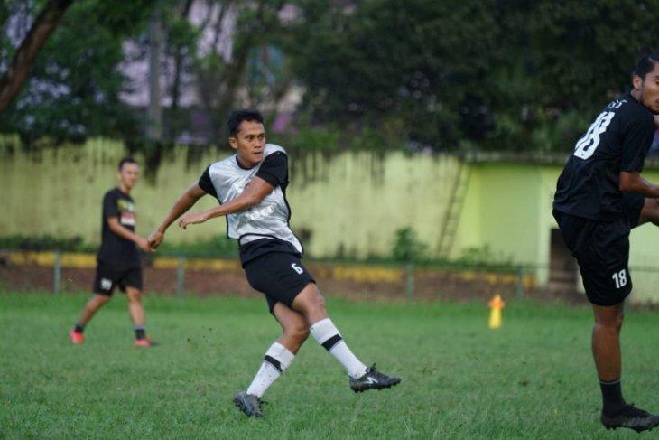 PSMS Medan  liburkan pemain luar Sumatera lebih awal