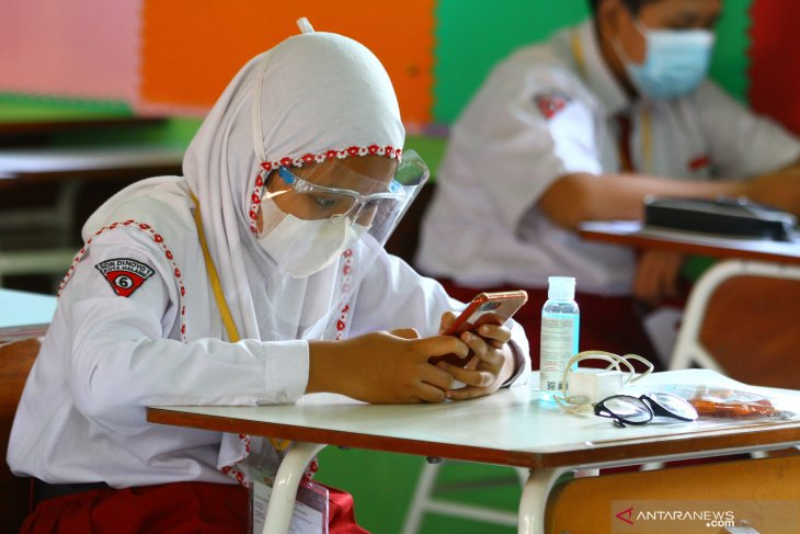 Ujian Sekolah Tatap Muka di Malang