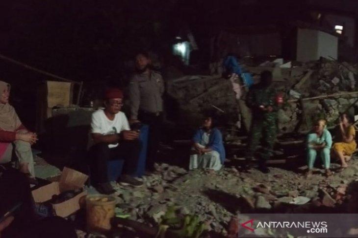 Gempa magnitudo 5.0 di Sukabumi akibatkan dua rumah ambruk