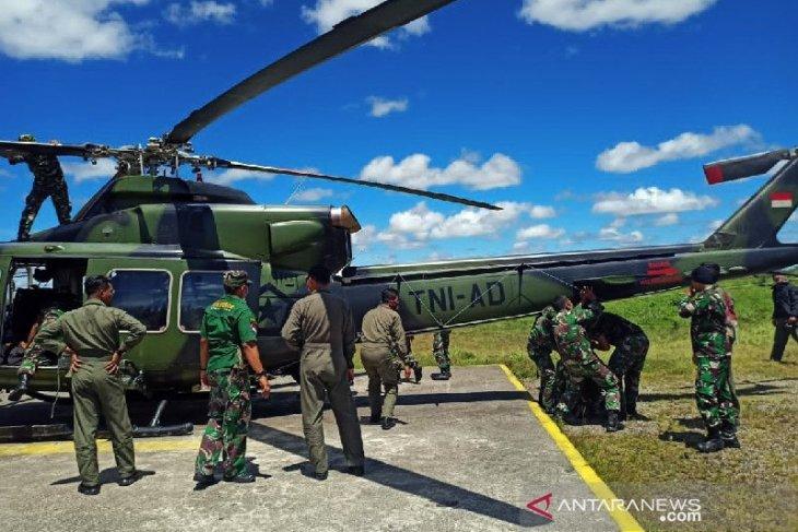 Helikopter TNI -AD sempat ditembak KKB saat evakuasi korban di Ilaga