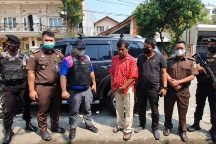 Kejati Kalbar tangkap mantan Kepala BPN Kabupaten Sanggau buron kasus pungli