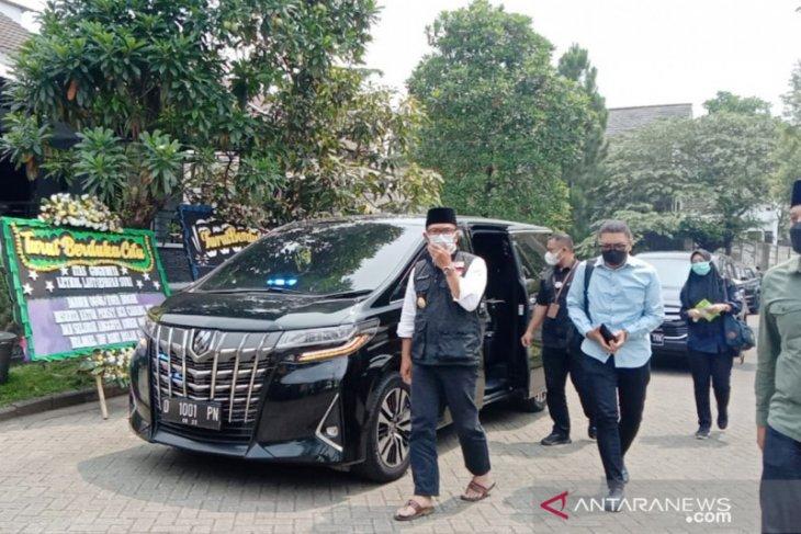 Gubernur Jabar beri Rp100 juta untuk keluarga almarhum Letkol Irfan Suri