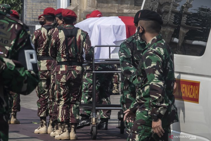 Fallen warrior laid to rest, fight to restore Papua peace continues