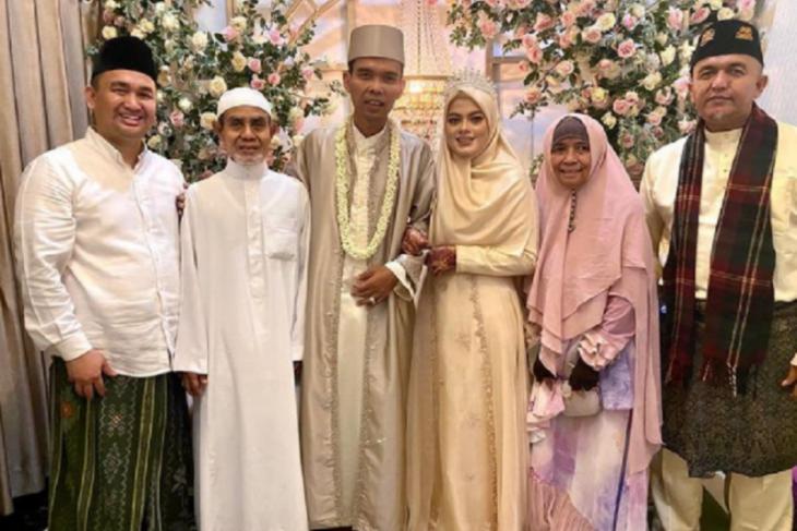 UAS resmi nikahi perempuan 19 tahun asal Jombang