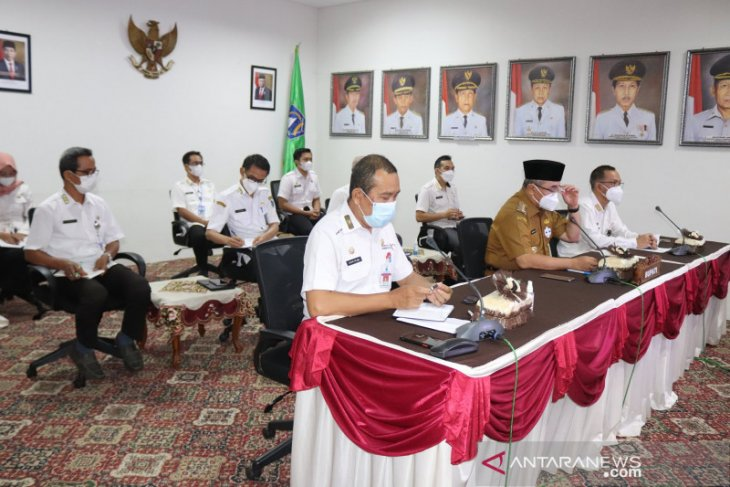 Bupati HSS harapkan ketersediaan bahan pokok jelang Idul Fitri terpenuhi