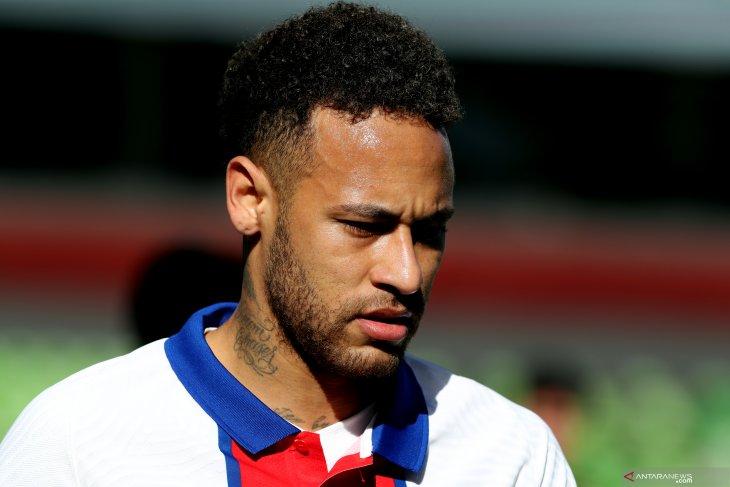 Neymar akui sudah tidak peduli  dengan Ballon d'Or