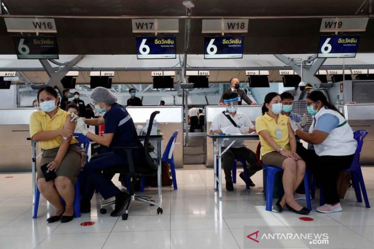 Thailand campur vaksin Sinovac dan AstraZeneca