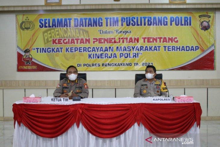 Tingkat kepercayaan masyarakat terhadap Polres Bengkayang 86,93